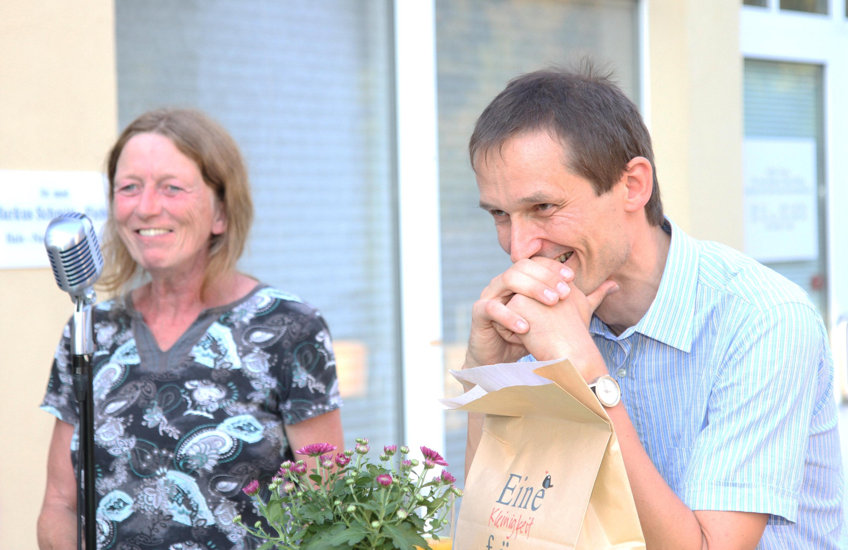 Petra Groesser gratuliert für den Kreisverband