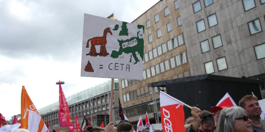 Ceta und TTIP Demo in Stuttgart.