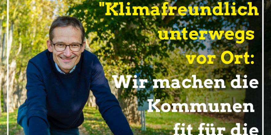Foto: Hermino Katzenstein MdL auf dem Rennrad (von vorne), dazu der Text: 'Klimafreundlich unterwegs vor Ort: Wir machen die Kommunen fit für die Mobilitätswende'