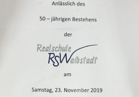 Vorderseite des Flyers zum Festakt 50 Jahre Realschule Waibstadt mit den KerndatenJahre