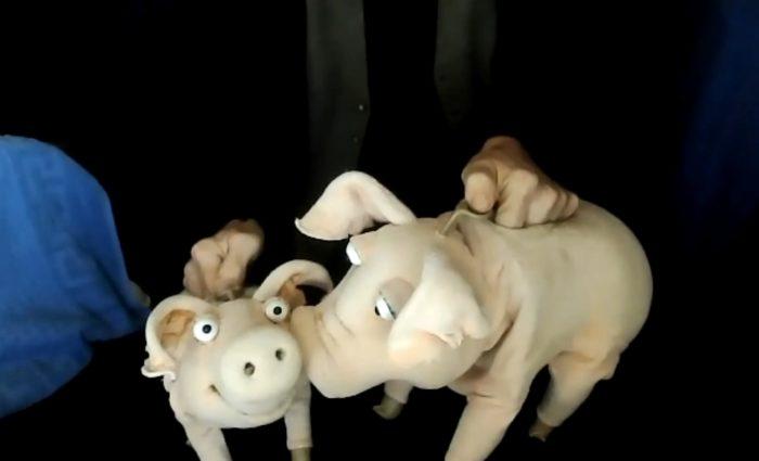 Screenshot mit den beiden Figuren Piggeldy und Frederik